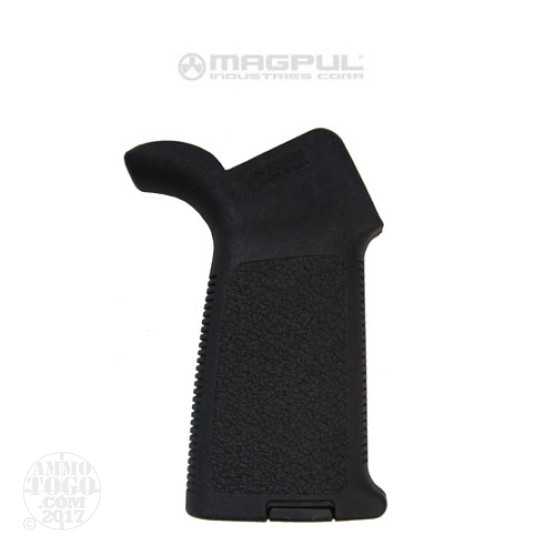 1 - Magpul MOE Grip for AR-15 Black